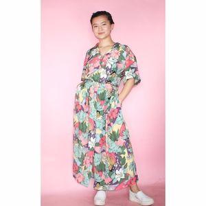 (272) VTG 1980s Tahitian Printed Midi Dress